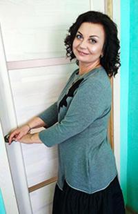 Elena Kovganova Salon krasoty janila 1 - Наша Команда